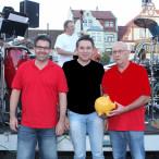 SPD-Kreisvorsitzender Carsten Höllein mit dem OV-Vorsitzenden Markus Geflitter (links) und 2. Bürgermeister Axel Dorscht.